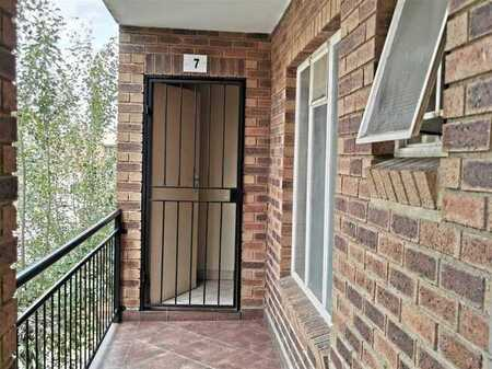 2 Bedroom apartment For Sale!