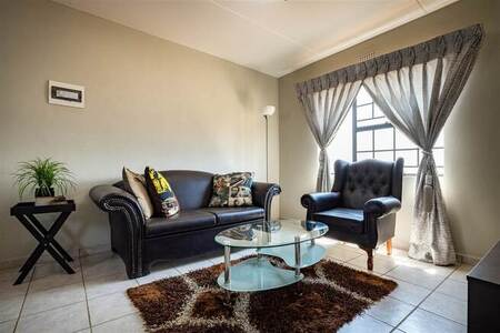 1 Bed Apartment in Eye of Africa