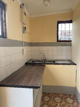 Bachelor flat available from the 1st of October 2021