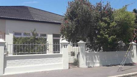 3 Bed House in Strand Central