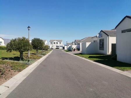 3 Bed House in Somerset West Central