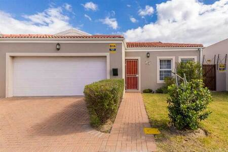 3 Bed House in Parklands North