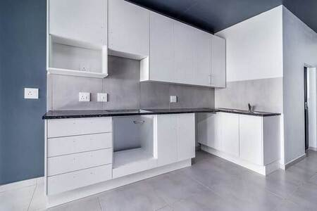 2 Bed Apartment in Parklands East