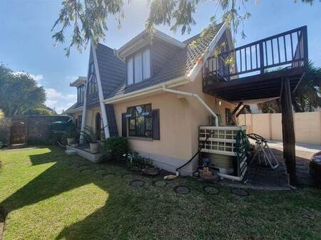 3 Bed House in Baysville