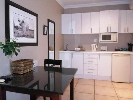 Bachelor apartment in Blue Bend