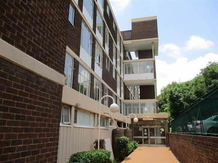 2 Bed Apartment in Bedfordview