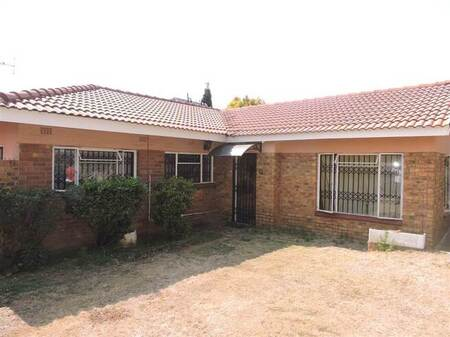 4 Bed House in Dunnottar