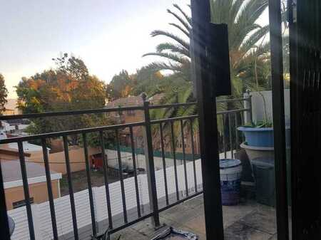 2 Bedroom Apartment For Sale in Table View