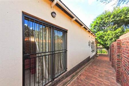 1 Bed Apartment in Silverton