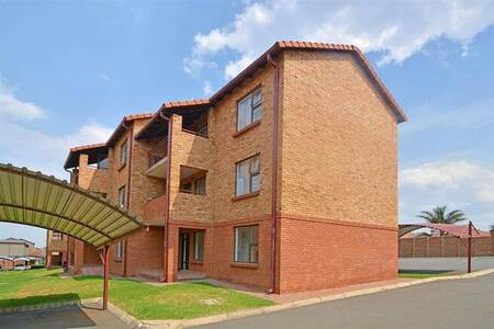 2 Bed House in Castleview