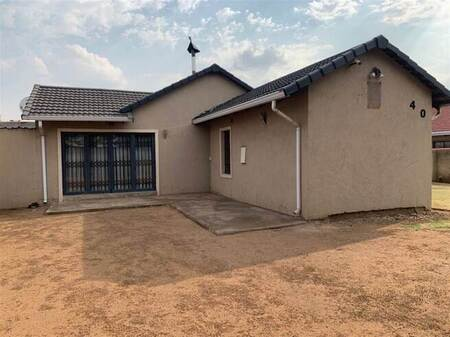 3 Bed House in Leondale