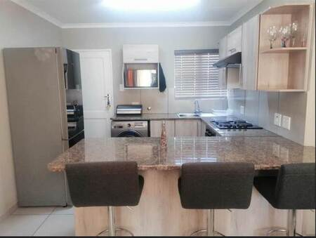 2 Bed Apartment in Lakefield