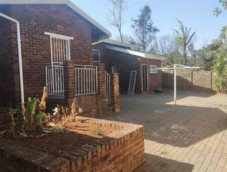4 Bed House in Morninghill