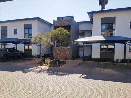 2 Bed Apartment in Eye of Africa