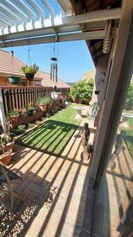 2 Bed House in Olivedale