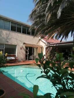 1 Bed House in Northcliff