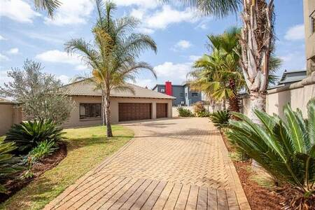 4 Bed House in Silverwoods Country Estate