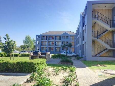 2 Bed Apartment in Kraaifontein Central