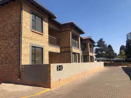 2 Bed Apartment in Rynfield