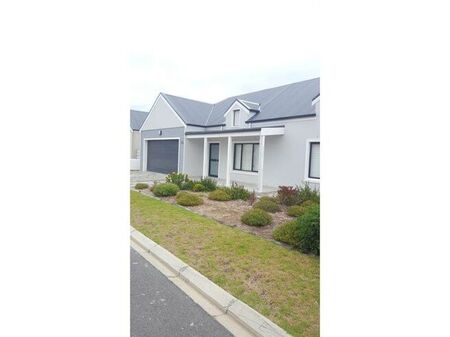 3 Bed House in Westcliff