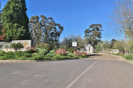 3 Bed House in Diemersfontein Wine and Country Estate