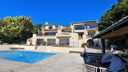 4 Bedroom House To Rent in Gonubie
