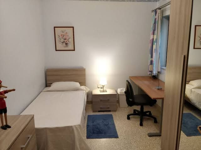 Room menlo park to rent from january