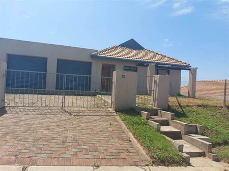 3 Bed House in Kidds Beach