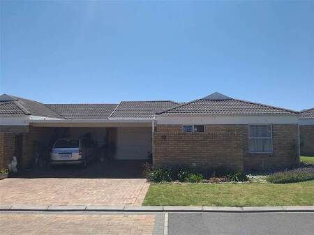 2 Bed House in Whispering Pines