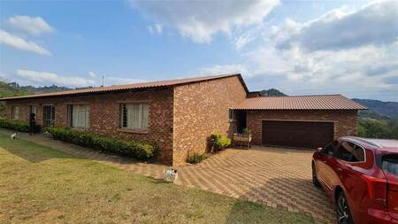 5 Bed House in Nelspruit