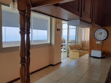 2 Bedroom Flat For Sale in Doonside