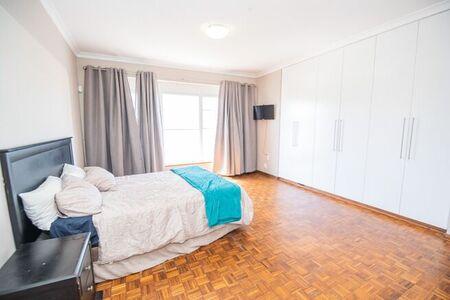 4 Bedroom Apartment / Flat For Sale in Port Elizabeth Central