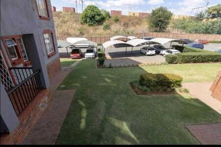 2 Bedroom Townhouse For Sale in Castleview