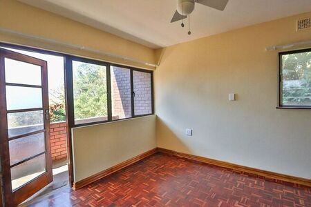3 Bedroom Apartment / Flat For Sale in Illovo Beach