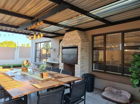 3 Bedroom townhouse - freehold for sale in Secunda