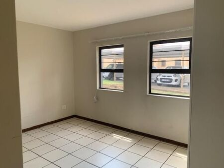 Neat! 2 Bedroom Apartment / Flat to Rent in Cashan