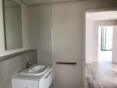 Ready! 2 Bedroom Apartment / Flat to Rent in Cape Town City Centre