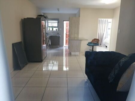 Accommodation!! 2 Bedroom Apartment / Flat To Rent in Waterkloof Ah