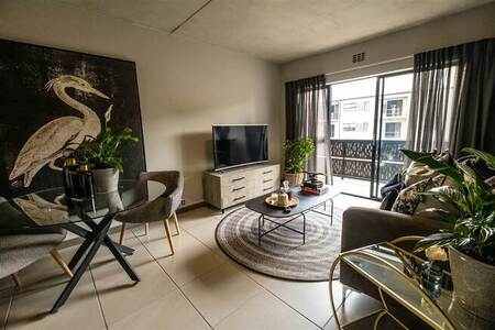 2 Bed Apartment in Dainfern