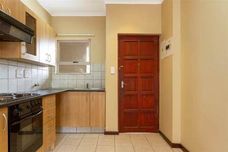 2 Bed Apartment in Randburg Central