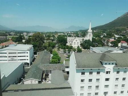 Bachelor apartment in Paarl