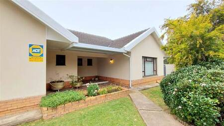3 Bed House in Eastcliff