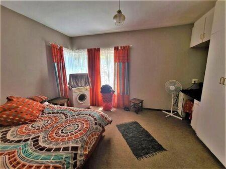 2 Bedroom Apartment / Flat To Rent in Van Ryneveld