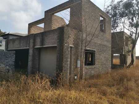 Incomplete house excellent value with plans to finish.