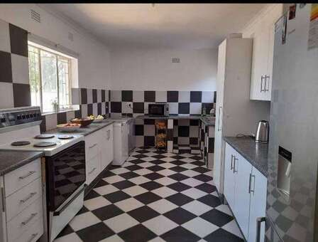 3 Br House to Let in Groblerpark Available from 1 Nov 2021