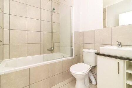 Two Apartment / Flat to Rent in Paarl North