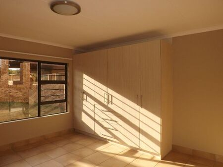 Two Bedroom Apartment To Rent In Lilyvale S H