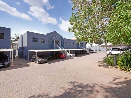 2 Bedroom Apartment For Sale in Sandown