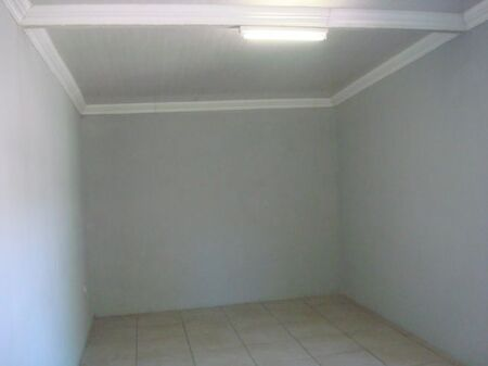 Spacious Garage Available For Rental (Mofolo Central)