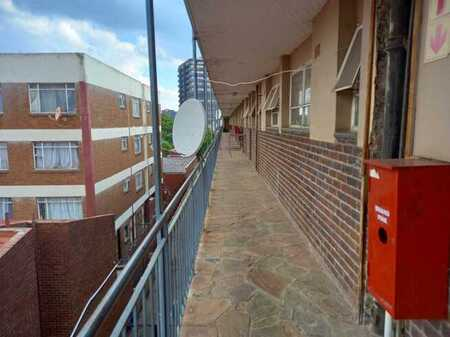 3 Bedroom Apartment up for Grabs!!!